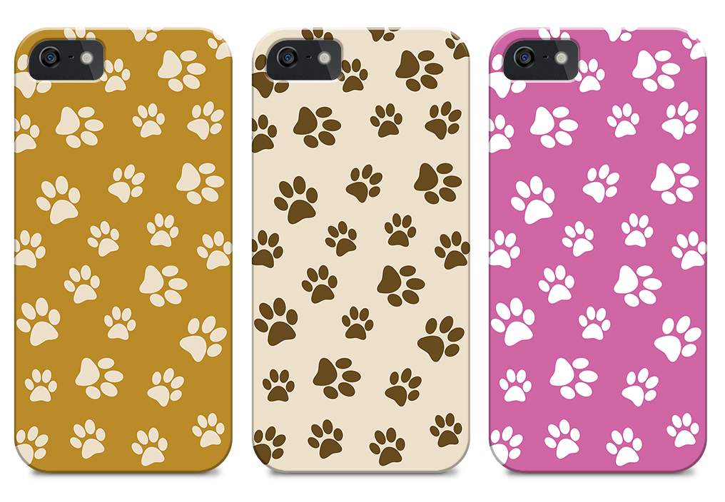 Capa patinhas de cães para iPhone Capa ideal para quem adora os seus fiéis amigos de quatro patas, disponível em diferentes cores. Capa totalmente em plástico.